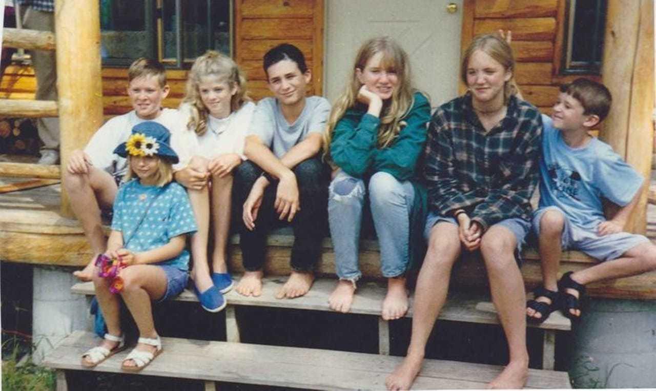 Kinderen uit de jaren 90 die liefdevol zijn opgevoed door hun ouders