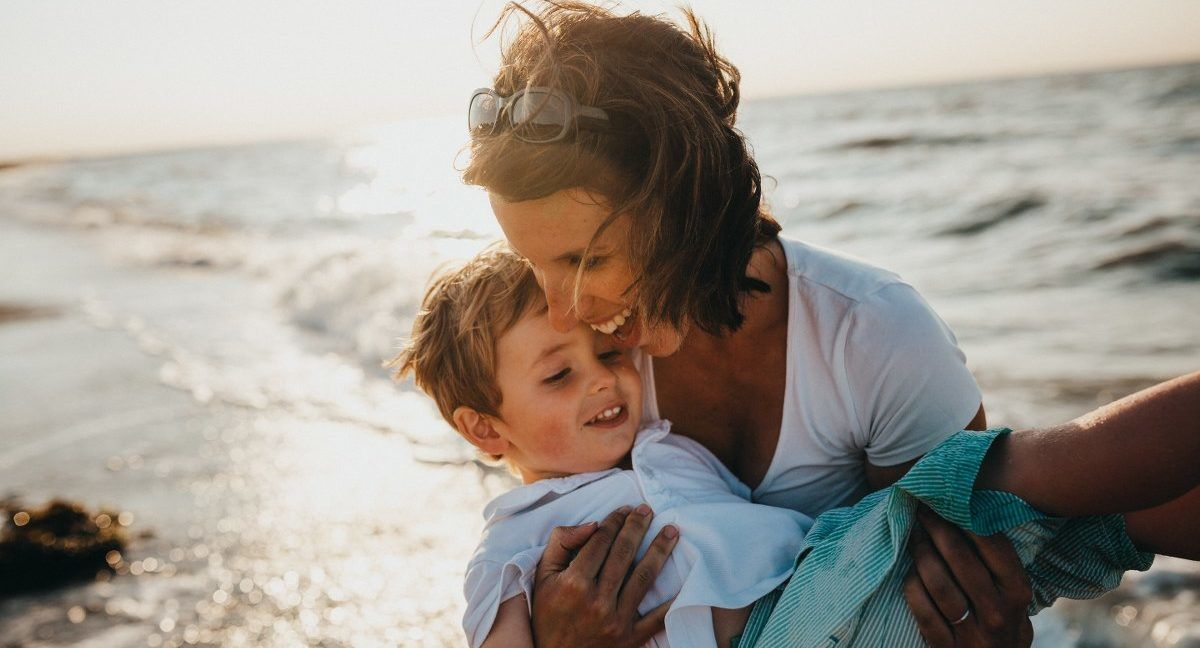 Hoe kun je als moeder jouw zoontje positief opvoeden